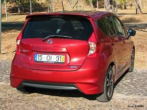 nissan-note1025as